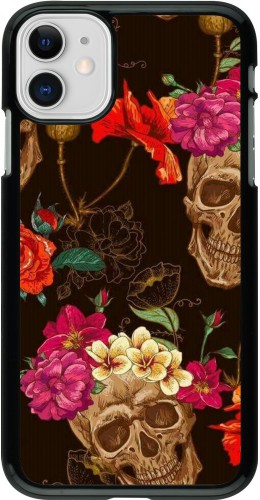 Coque iPhone 11 - Skulls and flowers