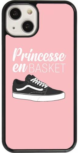 Coque iPhone 13 - princesse en basket