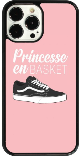 Coque iPhone 13 Pro Max - princesse en basket