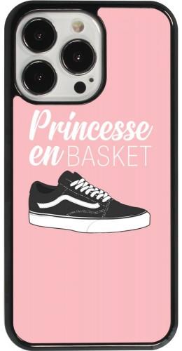 Coque iPhone 13 Pro - princesse en basket