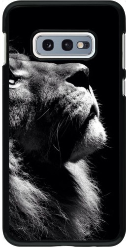 Coque Samsung Galaxy S10e - Lion looking up