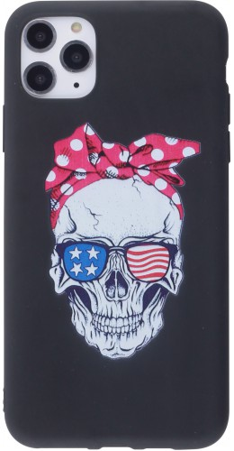 Coque iPhone 12 Pro Max - Silicone Mat Skull USA noir
