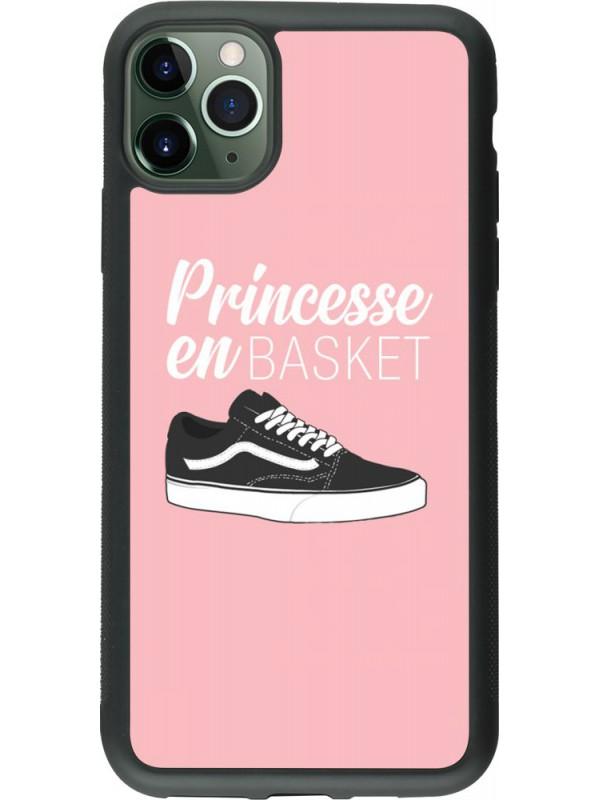 Coque iPhone 11 Pro Max - Silicone rigide noir princesse en basket